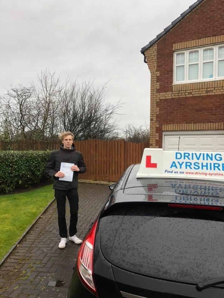 Kilwinning driving lessons - Ben Saboulis